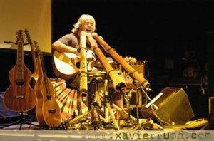 Xavier Rudd Jamming